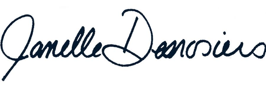 Janelle Signature